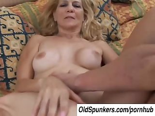 Super sexy slim older lady enjoys a hard fuck and a facial cumshot
