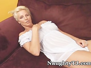 Mommy in a hot nightie