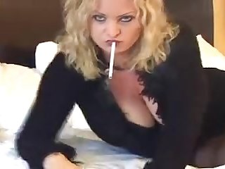 Smokingwhore presents michele the smoking whore