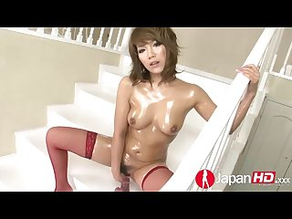 Sexy japanese milf squirting solo