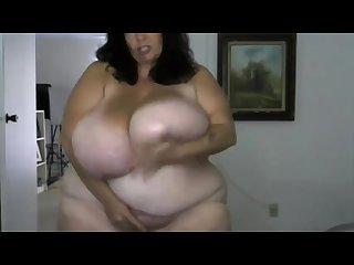 Extremely monster 44k breasts bbw suzy masturbates