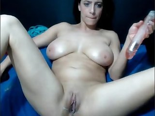 Girl squirts on screen