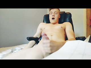 Fleshlight gives me full body orgasm and makes me go cross eyed