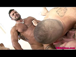 Muscled poofter diesel o green in orgy