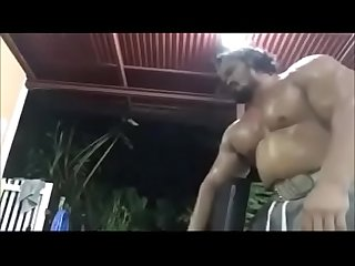 Wild Thai bodybuilder can't be beefier