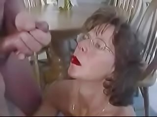 Extreme mature facial lot cum