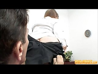 Bossy midget fucks guy