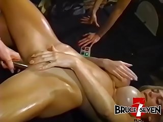 Debaucherous dyke Ariana ravaged by toys in wild foursome