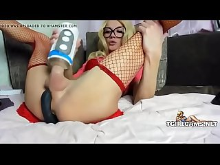Blonde tranny shoots huge load - tgirlcams.net