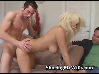 Delicious babe fucked by young guy