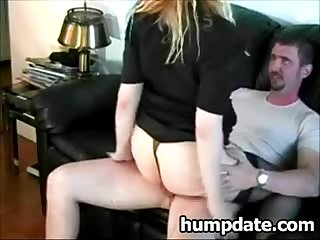 Milf gives blowjob and gets fucked and creampied