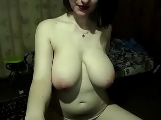 Hot live girl got big round tits