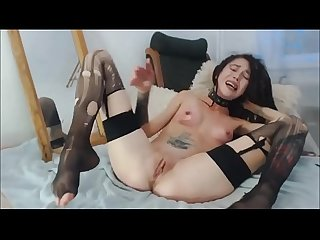 Camwhore Fisting and Slapping Herself - 660cams.com