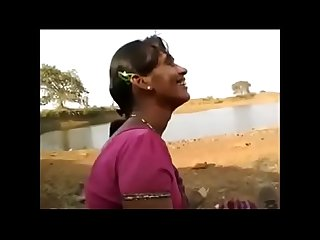 Village bhabhi red hot lips suck long cock