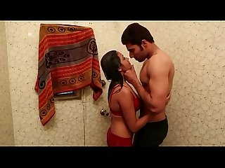 Bathroom Me nahati Bahbhi Ka Video