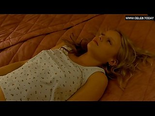 Abbie cornish teen girl small boobs blonde toples nude somersault 2004
