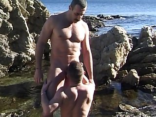 Manly hot straight stud sucks hugh daddy dick pickup on the beach