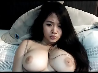 Great tits Asian wants to cum on cam