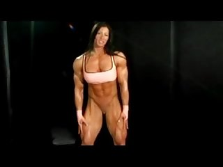 Muscle woman gets naked www bitstube com