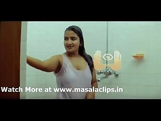 Famous malayalam serial actress unseen wet bathing video