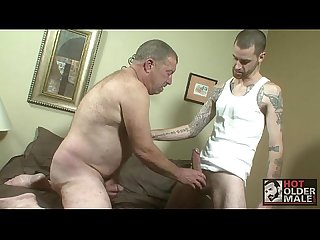 Daddy derik needs a fuck