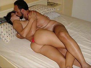 Valeria rodriguez a dama da sociedade de olimpia e uma vadia na cama