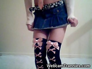 Emo shemale strips on cam