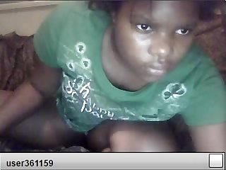 African girl squirting on cam
