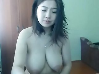 Chinese cam slut with amazing tits