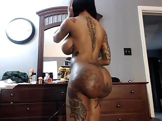 Ebony Webcam Fake Tits And Ass on 4xcams.com