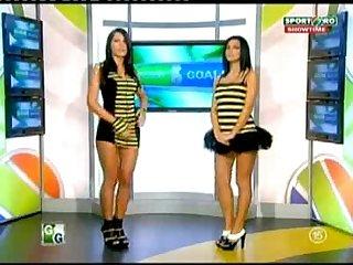 Goluri si Goale ep 14 Miki si Roxana (Romania naked news)
