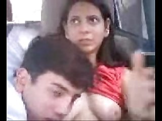 Indian college couple car romp mms