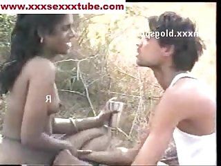 Tamil couple outdoor xxxsexxxtube com