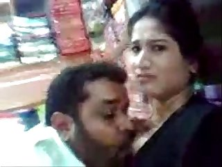 Indian hot young Bhabhi n ex lover fucking shop caught in cc cam wowmoyback