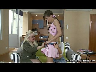 Mature woman seduces european teen girls
