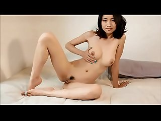 Chinese woman youtuber of the channel Tingting ASMR totally naked in super sexy rehearsal