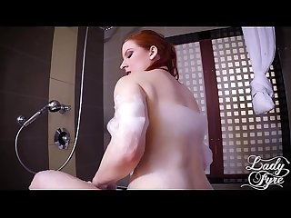 Bubble Butt Mom Fucks Son in the Bath